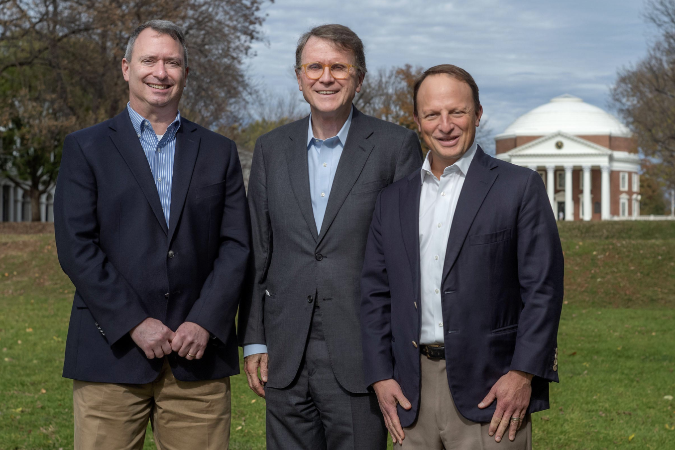 From left to right, politics professor David Leblang, Darden professor Robert Bruner and McIntire professor David Smith taught a class on the 2008 financial crisis in 2018, when this photo was taken. (Photo by Sanjay Suchak, University Communications)